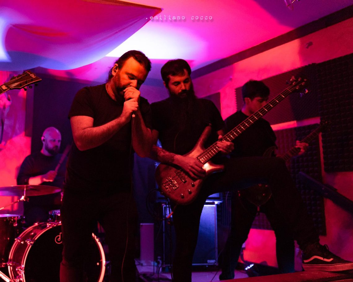 The Blacktones - Emiliano Cocco - La Cantina Rock - Carbonia - aprile 2019 - live report - Sa Scena Sarda