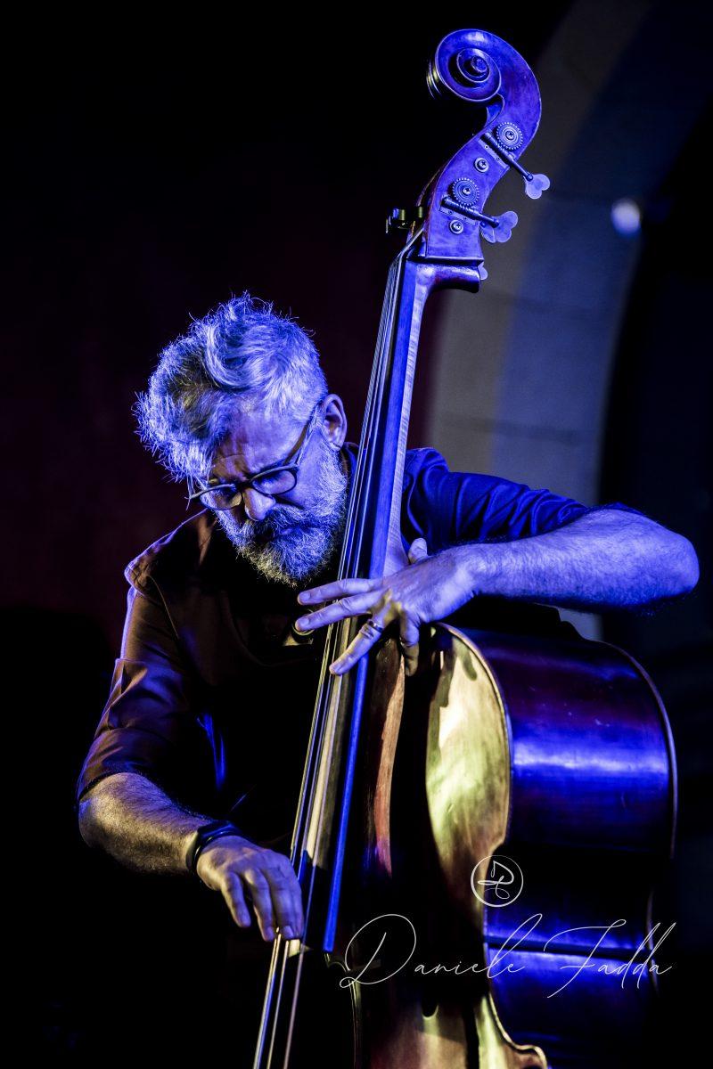 Forma e Poesia nel Jazz - Daniele Fadda - Sade Mangiaracina Trio - report - 2019 - Simone La Croce - Luca Garau - Sa Scena Sarda