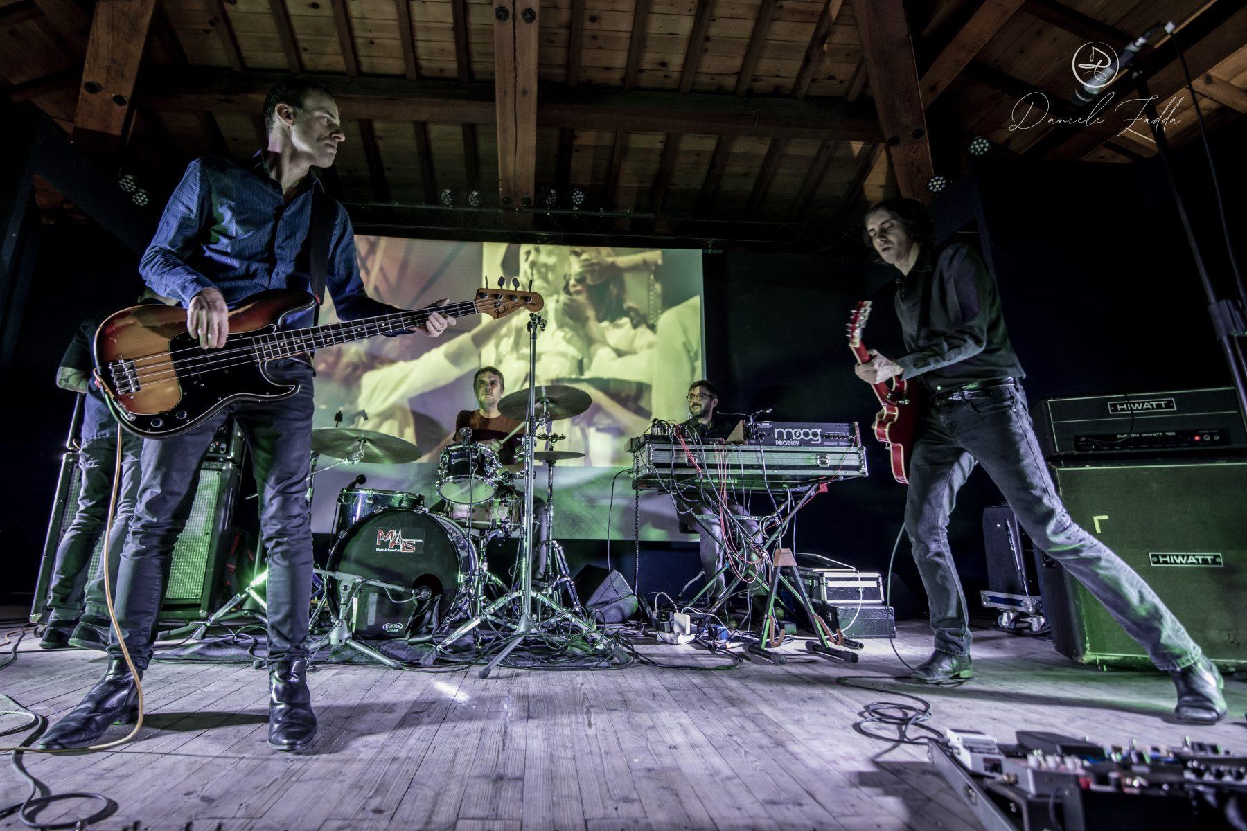 kme - live report - julie's haircut - daniele fadda - sa scena sarda - 2019 - karel music expo