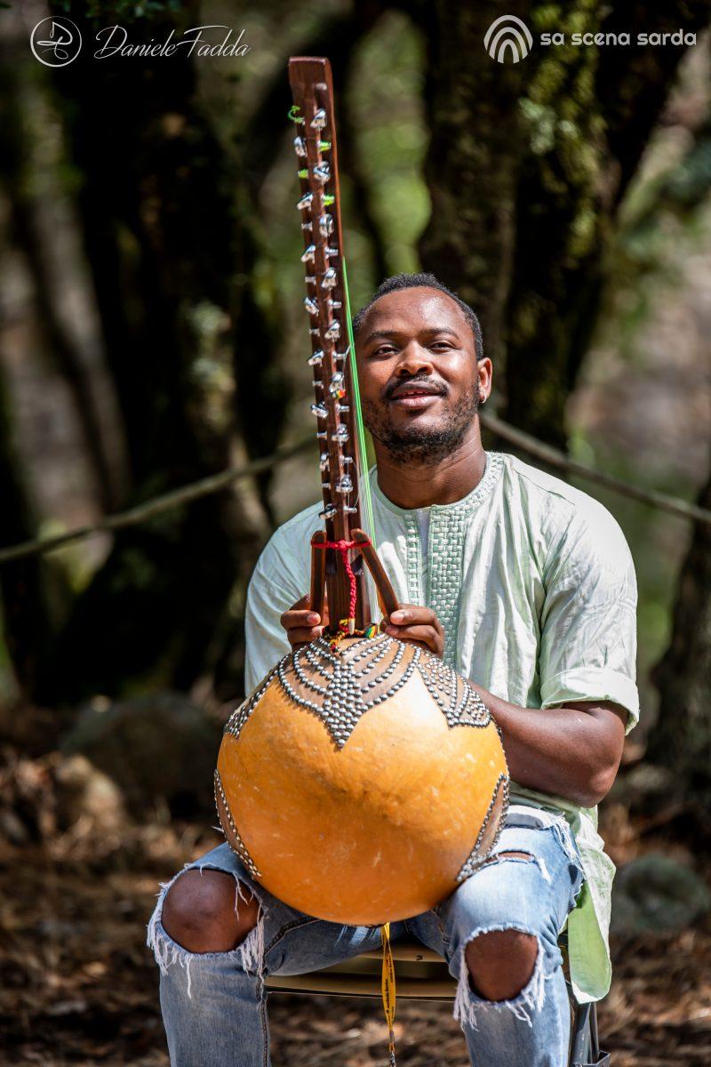 Isole che Parlano - Isole che Parlano di Musica - Jabel Kanuteh - Kalifa Kone - Daniele Fadda - festival - Luogosanto - 2020 - Sa Scena Sarda - 12 settembre 2020