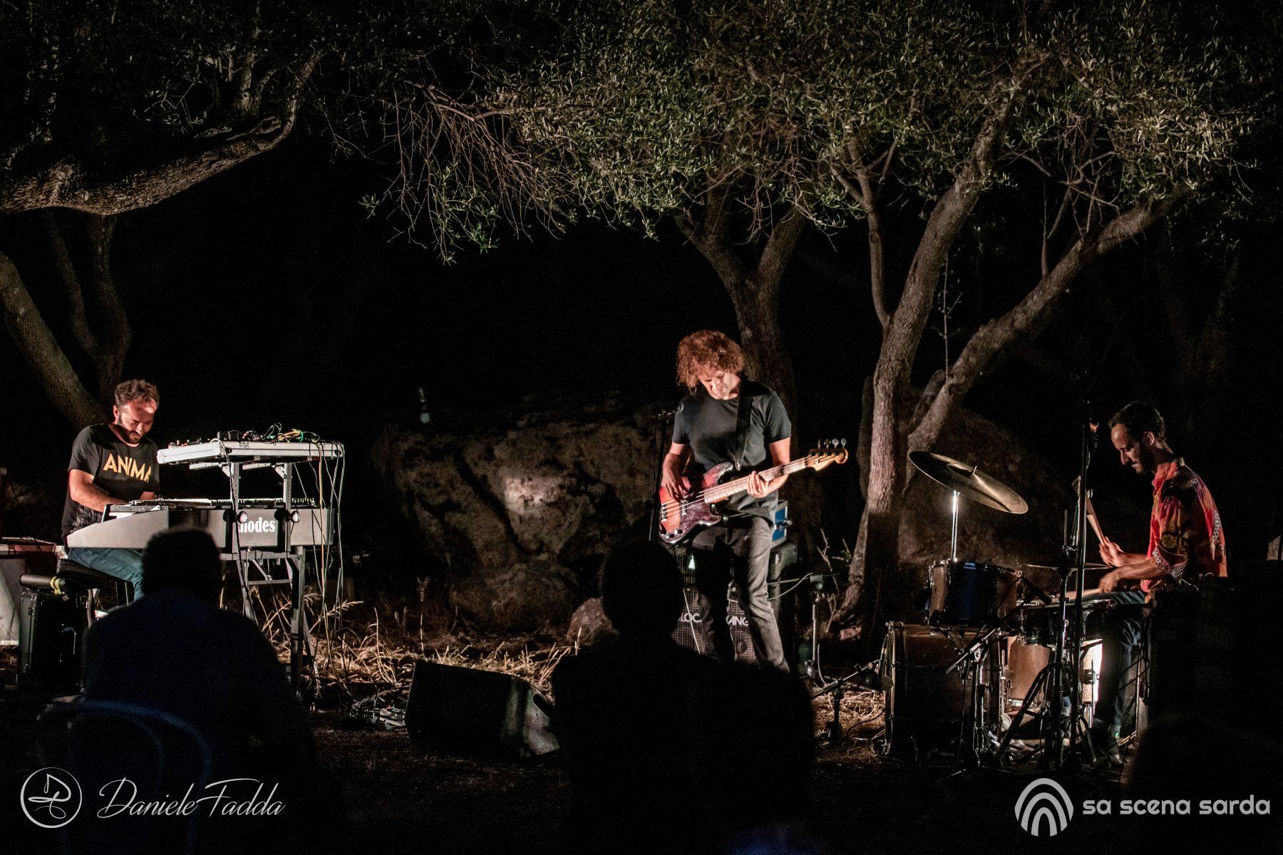 Isole che Parlano - Isole che Parlano di Musica - Moti Mo - Daniele Fadda - festival - Palau - 2020 - Sa Scena Sarda - 13 settembre 2020