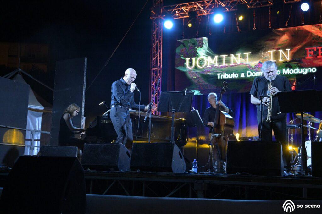 Abbabula Festival - Uomini in Frac - Omaggio a Domenico Modugno - Sassari - festival - live report - Federico Murzi - 2021 - Sa Scena - 12 agosto 2021