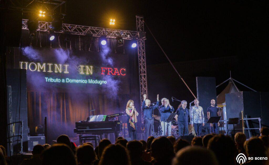 Abbabula Festival - Uomini in Frac - Omaggio a Domenico Modugno - Laura Pistidda - Sassari - festival - live report - Federico Murzi - 2021 - Sa Scena - 12 agosto 2021