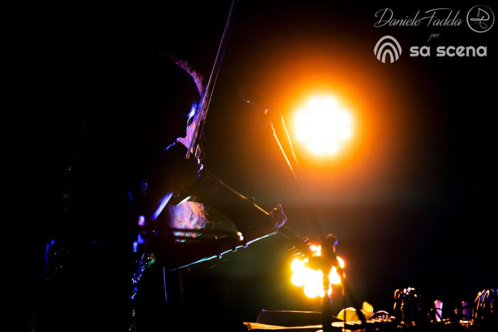 Isole che Parlano - OoopopoiooO Orchestra - Daniele Fadda - Al FAro #8 - Porto Faro - Punta Palau - Palau - 11 settembre 2021 - fotoreport - 2021 - Sa Scena - 14 settembre 2021