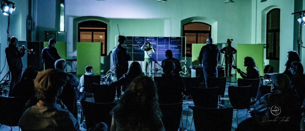 È tutta scena - Daniele Ledda - Snake Platform - Daniele Fadda - intervista - Simone La Croce - 2021 - Sa Scena - 13 agosto 2021